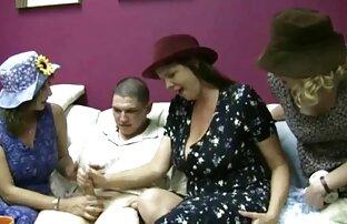 الزوج افلام جنسيه اجنبيه عربيه والزوجة الاستمتاع بالجنس في غرفة النوم