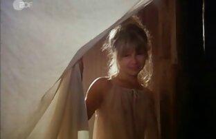 ثمانية عشر عاما فتاة فوجئت في افلام اجنبي جنسية الميدان وفي المنزل