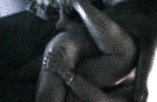صديقها يمارس الجنس مع امرأة سمراء أخرى على فيديوهات جنسية اجنبية الأريكة