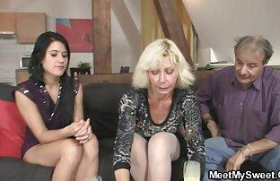 زوجها واثنين من الصحابة يمارس الجنس معه المخادع في جوارب افلام جنسيه اجنبيه كامله في الحمار, الفم وجمل