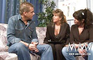 اثنين من الرجال الملاعين اثنين من الفتيات الجنس على الأريكة افلام اجنبيه جنسيه مترجمه