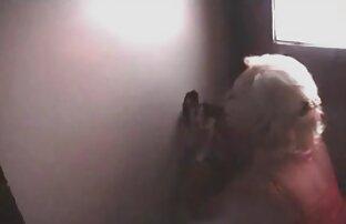 الفتيات ممارسة الجنس مع رجل بالغ في مقاطع جنسيه من افلام اجنبيه غرفة النوم