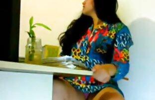 نموذج افلام اجنبية جنسيه جميل يظهر قبالة الجسم نوت nà