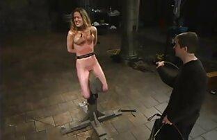 الرجل يمارس الجنس مع فتاة صغيرة في تنورة قصيرة افلام اجنبية الجنس في L. E الحمار
