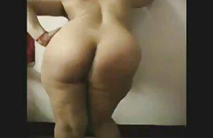 مفلس نموذج بسخاء التزييت جسدها مقاطع اجنبية جنسية مع زيت التدليك