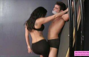اثنين مشاهد جنسية من افلام اجنبية hahals في نفس الوقت مارس الجنس في كس الحمار من فتاة في الأحذية