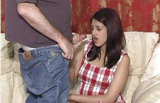 السمين الأبنوس في اللباس الوردي تقبيل صديق كبير افلام اجنبية ممارسة الجنس الثدي