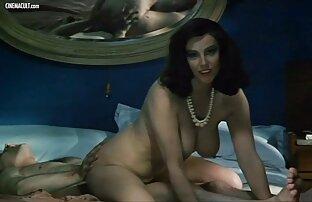 المرأة الروسية في لقطات جنسيه من افلام اجنبيه النايلون مارس الجنس في الحمار من قبل عاشق