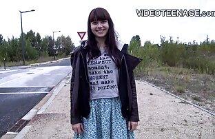 فتاة افلام اجنبيه جنسيه مع نظارات القيادة هزاز لها شعر L.