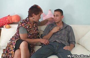 عاشق جنيه مشاهد جنسية من افلام اجنبية معصوب العينين زوجته في الفم و كس