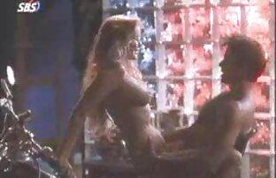 جوني القلعة السياط مفلس أمي في كس اثنين من افلام اجنبية مثيرة جنسيا الرمادي والأبيض واحد وسادة